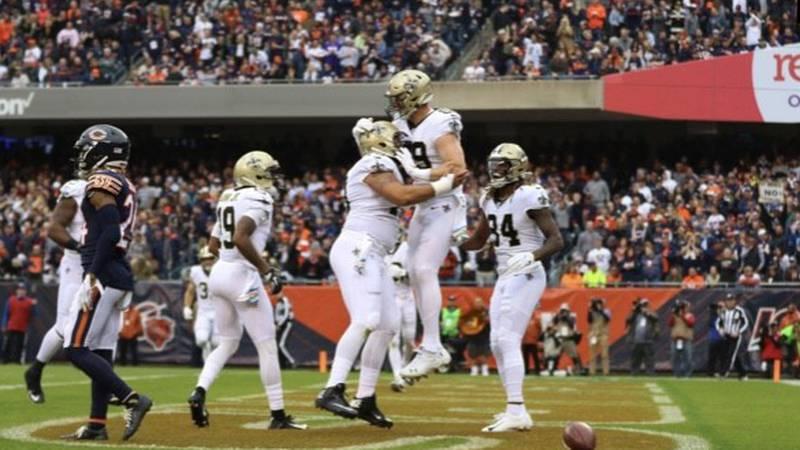 Josh Hill celebrates his 4-yard TD reception. (Source: New Orleans Saints)