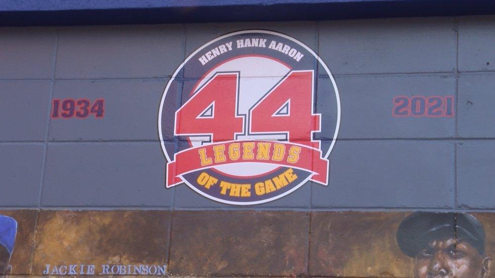 The mayor says Aaron was an ambassador for the game of baseball.