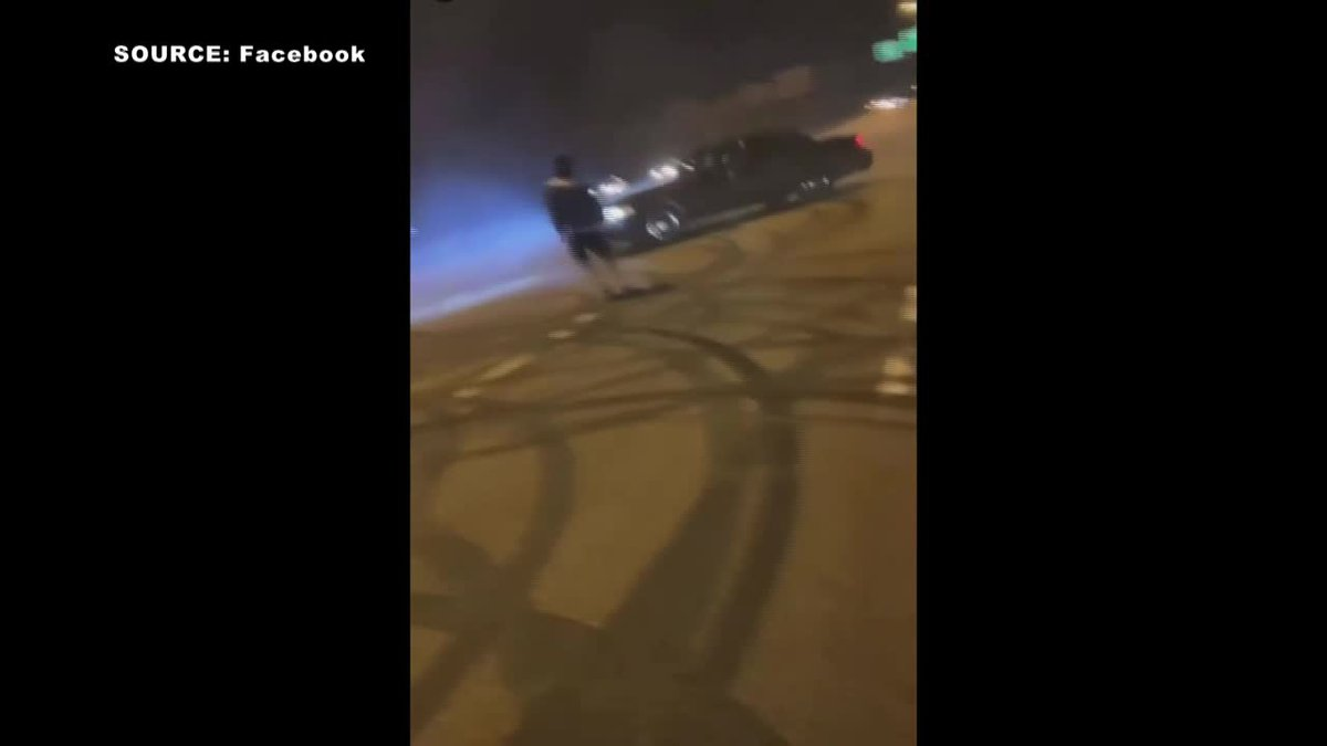 Viral video shows cars blocking traffic, doing donuts on I-55 in Jackson