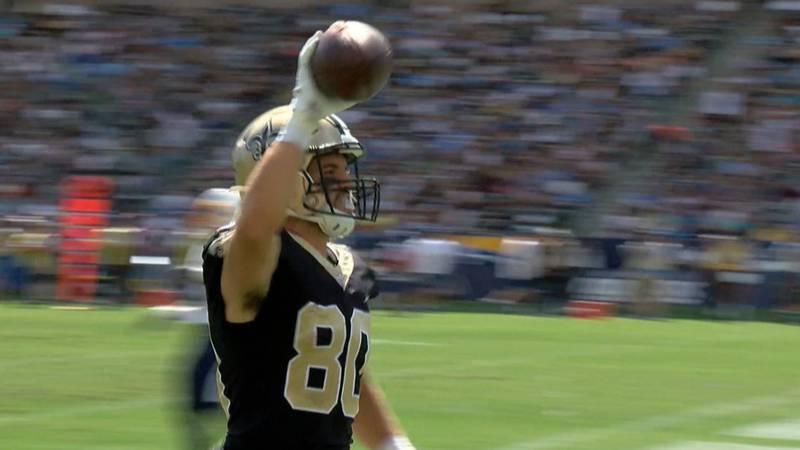 Austin Carr celebrates as he crosses the goal line for a touchdown catch (Edwin Goode, FOX 8)