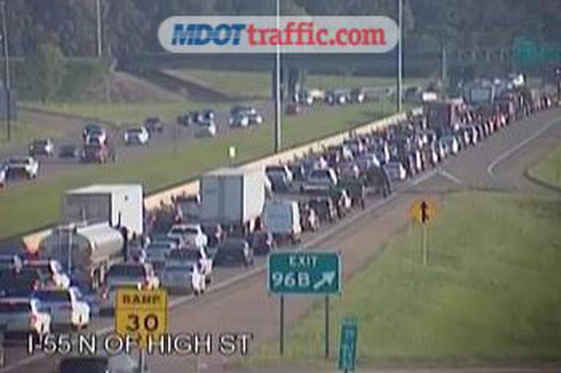 Traffic Alert: Northbound lanes of I-55 at Woodrow Wilson blocked due to crash