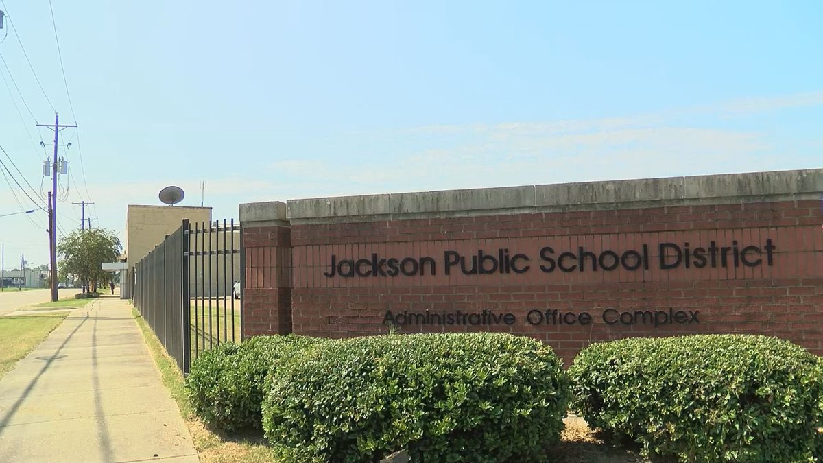 """Jackson Public School district improves in school rating, going from """"F"""" to """"D"""""""