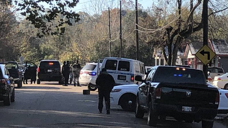 Deadly shooting on Mobile Avenue