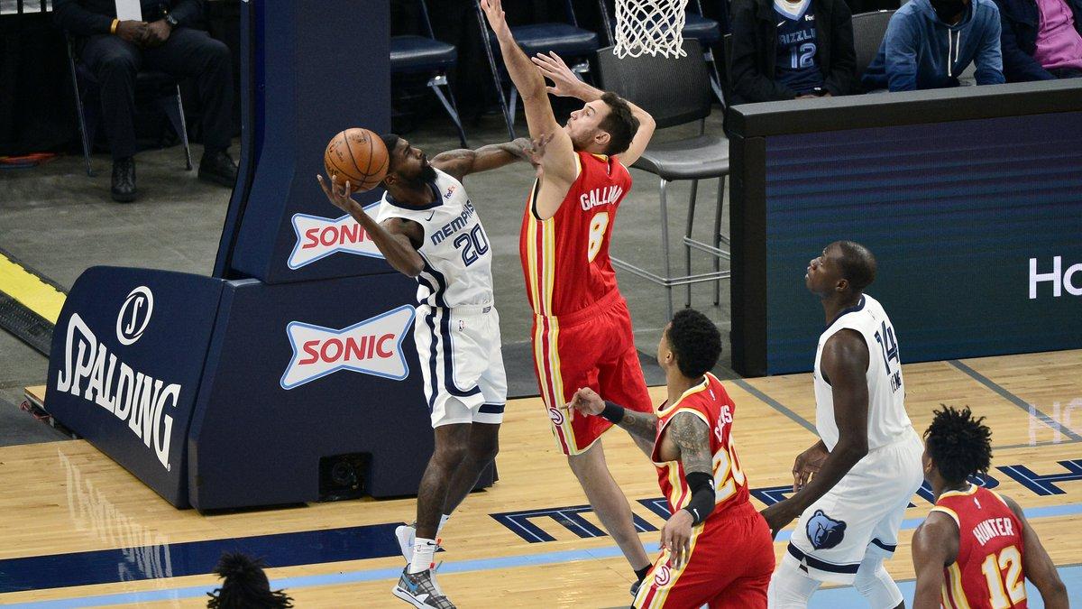 Memphis Grizzlies guard Shaq Buchanan (20) shoots against Atlanta Hawks forward Danilo...