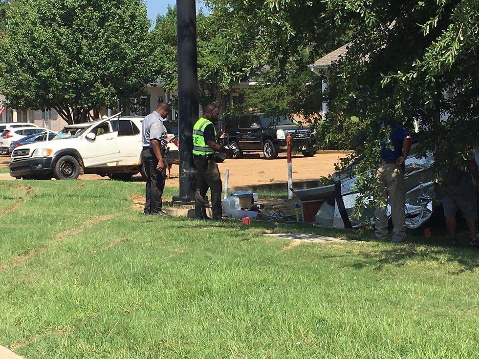 Manhunt underway in Madison; Source: WLBT