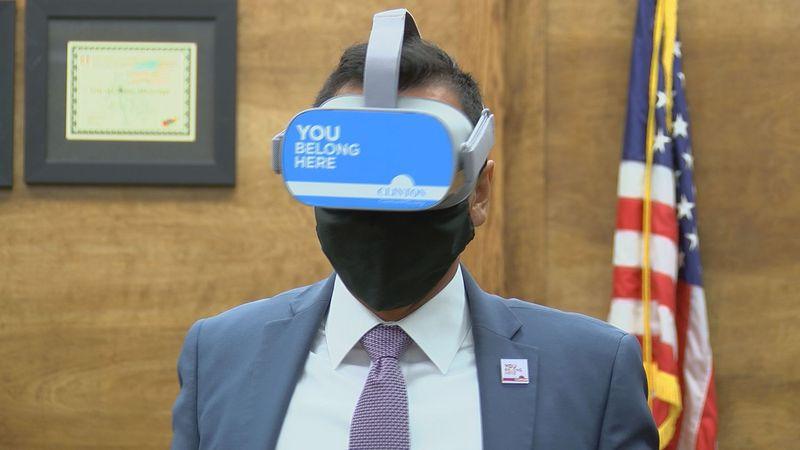 Lobaki Virtual Reality device
