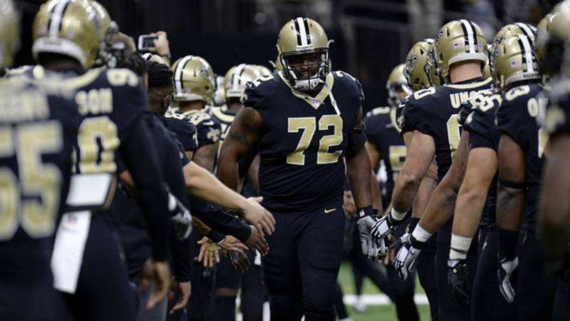 Terron Armstead is dealing with a knee injury. (Source: Nola.com)