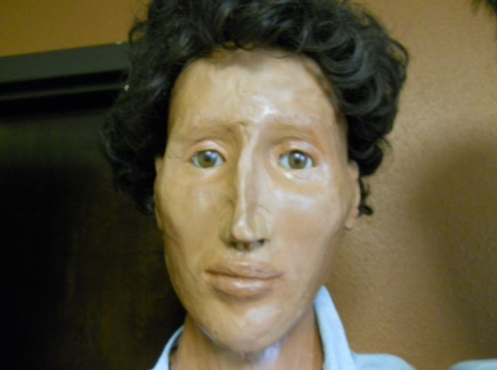 Using the body of the Jane Doe, a clay model of her face was made in the hopes it would help...