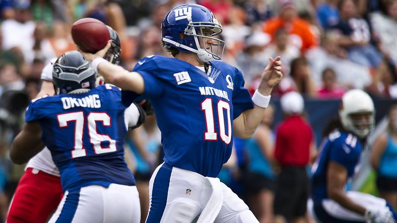New York Giants quarterback, Eli Manning, throws a pass during the second quarter of the 2013...