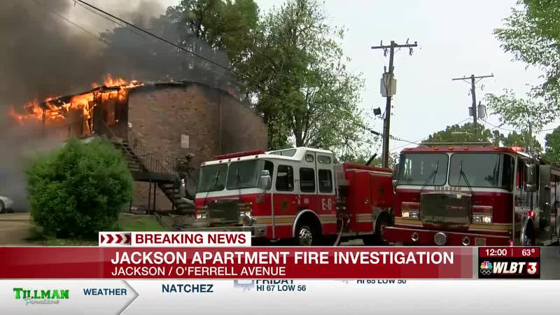 Fire breaks out at apartment complex in Jackson