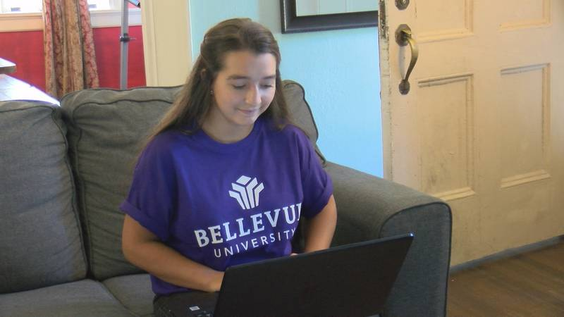16-year-old Mariannah Harding graduated high school in 2016 and college in 2021.