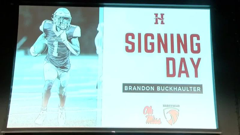Brandon Buckhaulter signs with Ole Miss