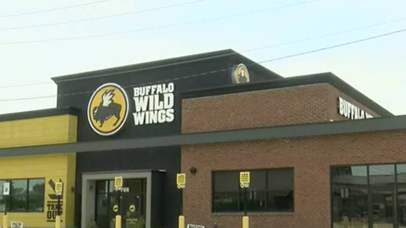 'It was kinda crazy in there': Five arrested in Buffalo Wild Wings brawl in Flowood