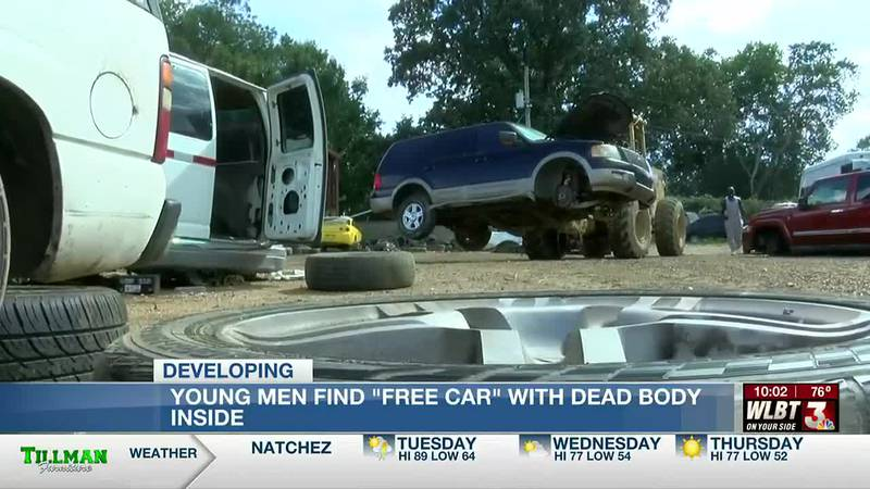 Men take vehicle with 'free car' sign, later find body in trunk