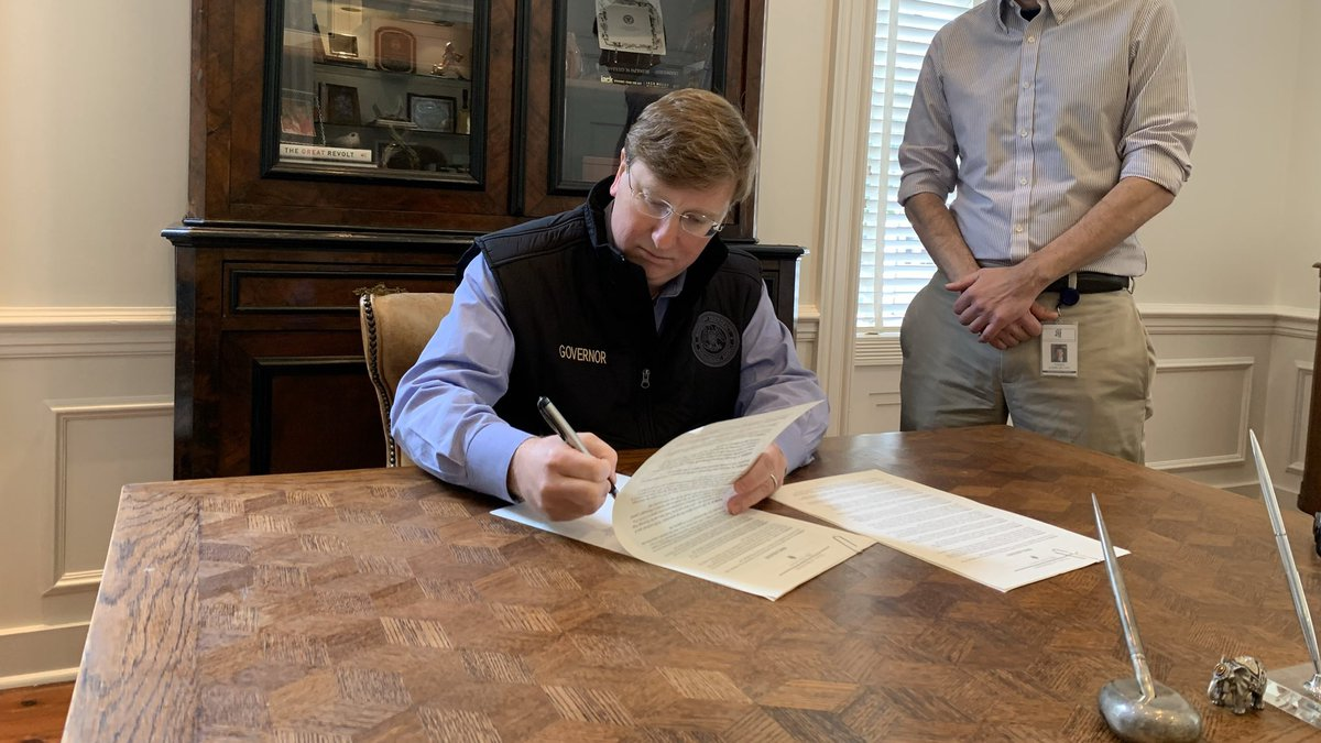 Gov. Tate Reeves declares state of emergency: 'This is not a time to panic'