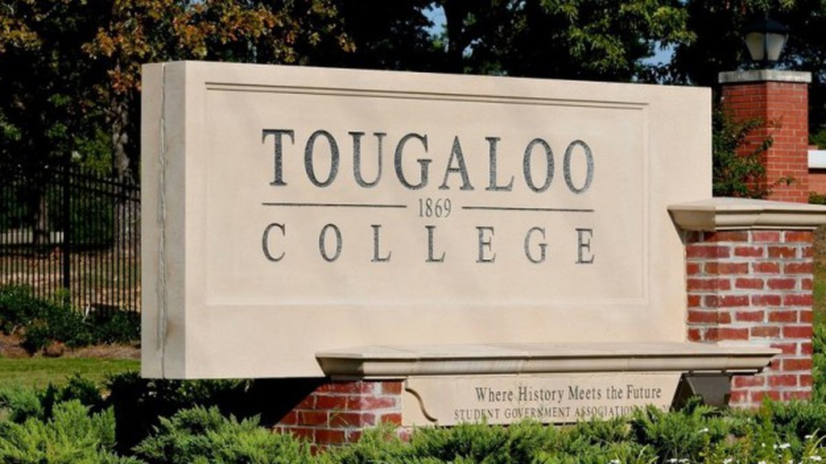 Tougaloo College in Hinds County is reaching out to students on the Gulf Coast.