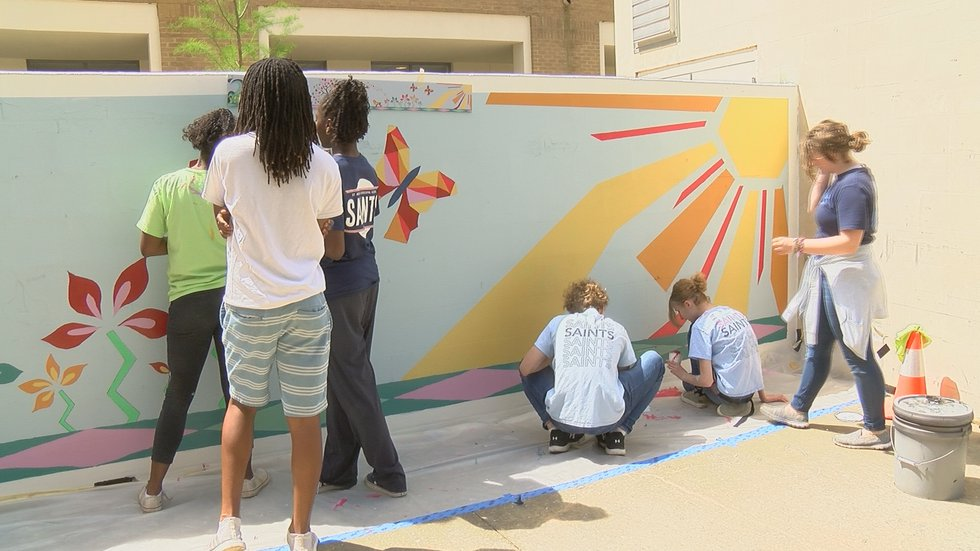Students at St. Andrews Episcopal School are creating art in downtown Jackson. Source: WLBT