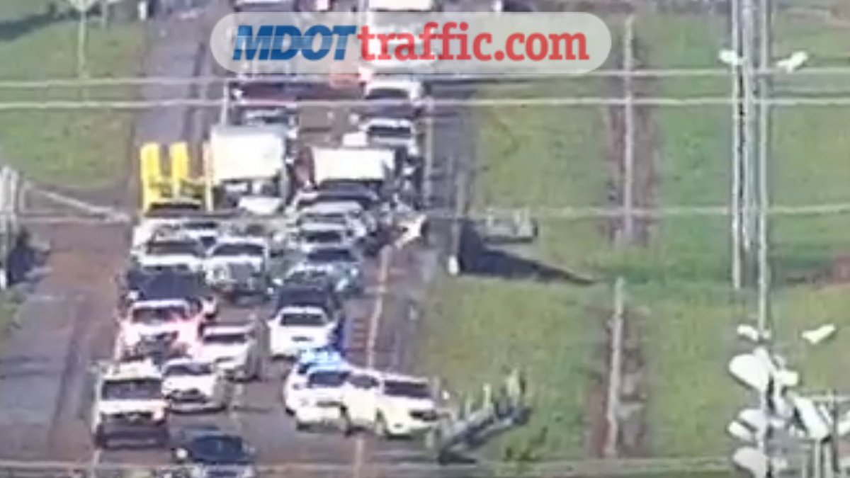Traffic on I-220 after the crashes