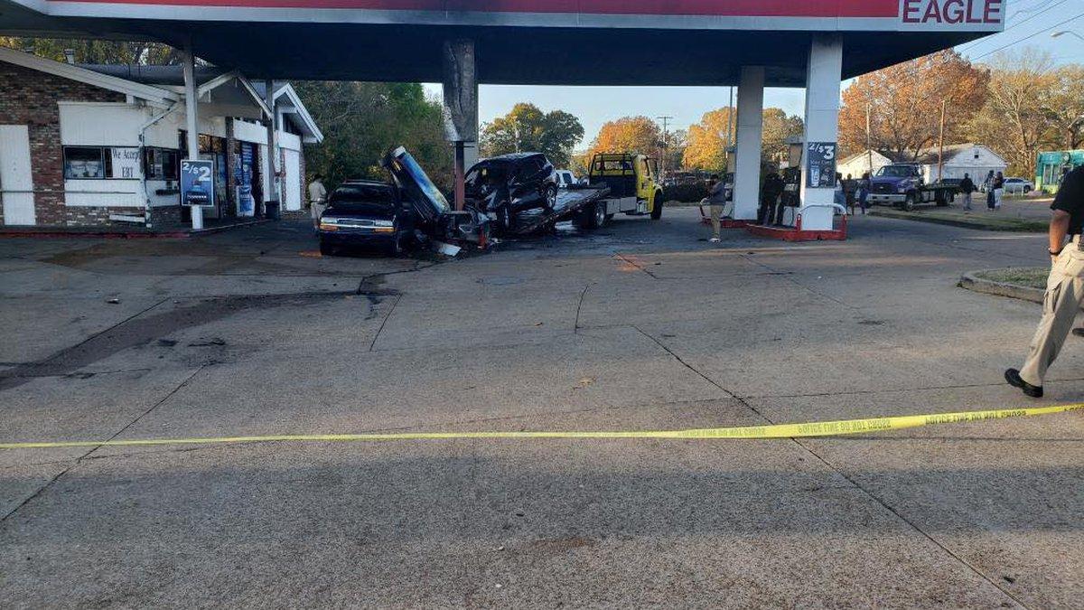 Man killed in crash at Jackson gas station; Source: WLBT