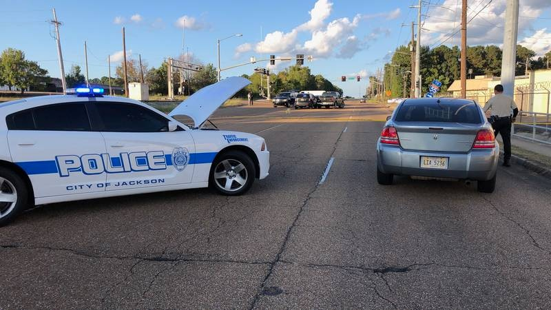 Man dead after being shot multiple times with AR-15 at State Street and Beasley Road