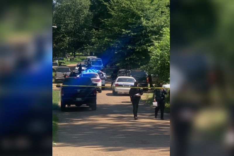 JPD: Man shot to death on Ford Avenue, suspected shooter on the run