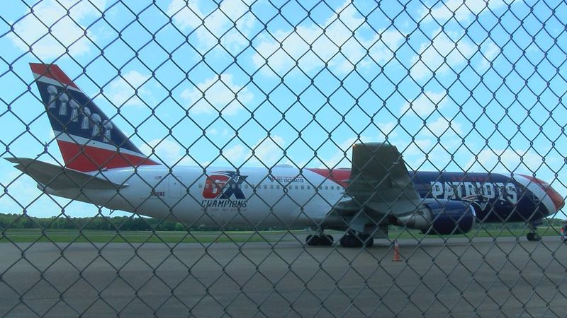 Patriots' plane spotted in Jackson, MS airport.