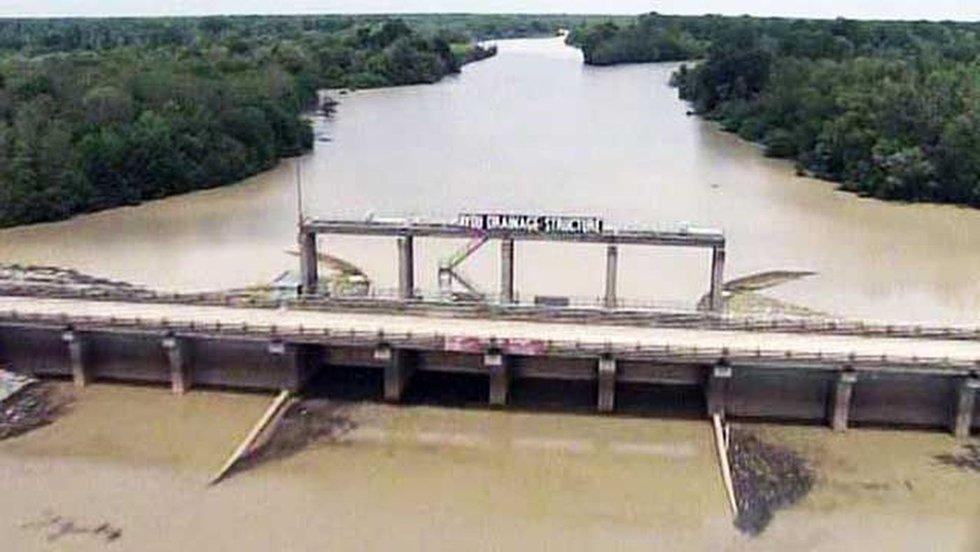 Steele Bayou gates set to open