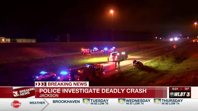Police investigating deadly car crash on I-220
